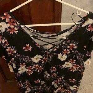 SO Tops - SO XL T-Shirt NWT